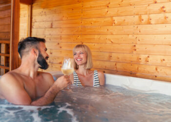Cottages With Hot Tubs Great Reasons to Book a Cottage with a Hot Tub Blog Image